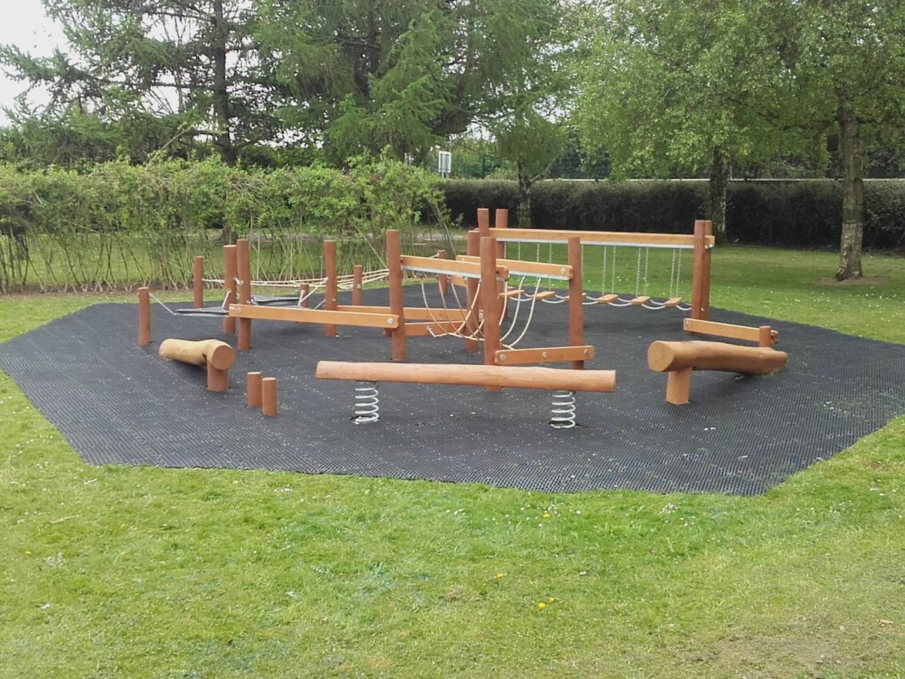 Natural Outdoor Playground Equipment